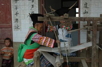 Weaving hemp threads on a loom